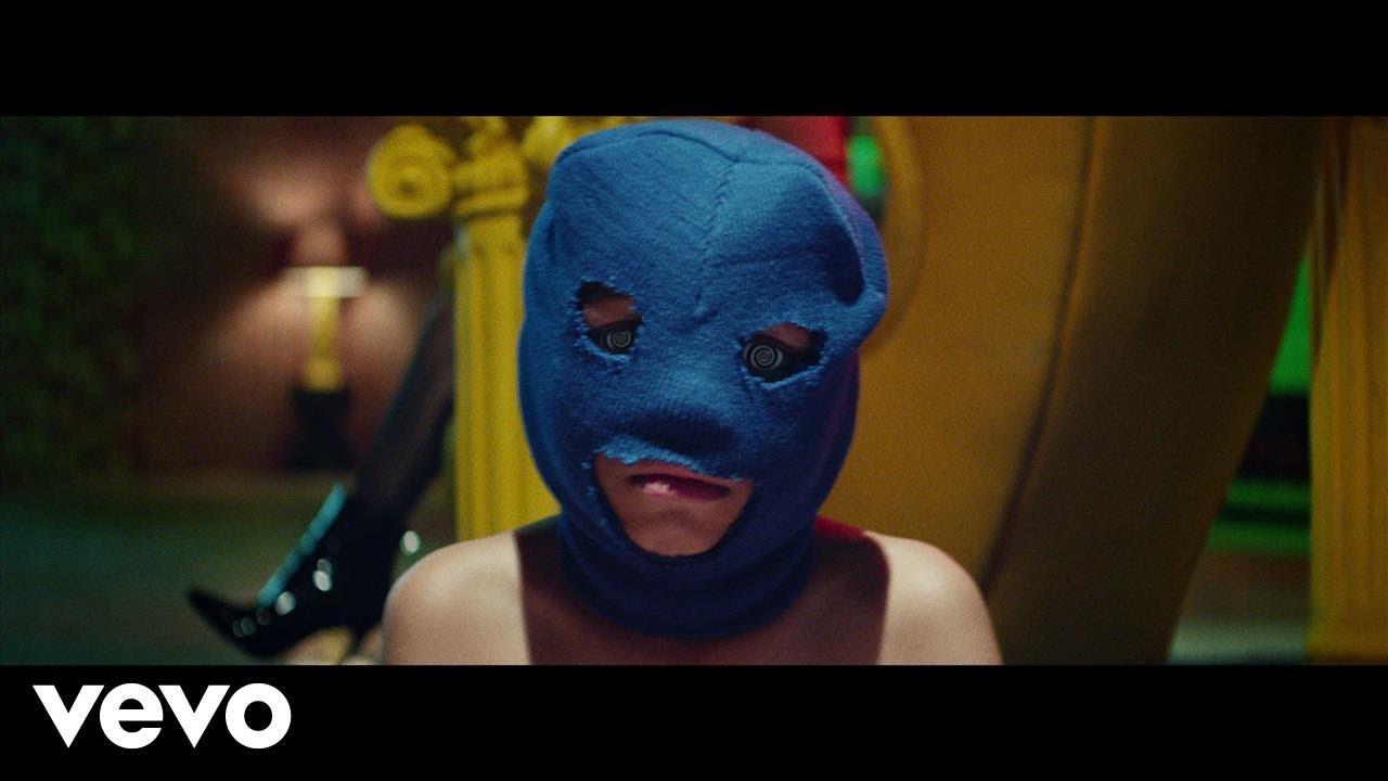 Dave East – Phone Jumpin (feat. Wiz Khalifa)[Music Video]